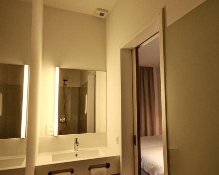 1 slaapkamerappartement badkamer met inloopdouche